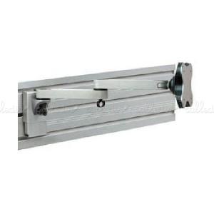 Soporte de monitor para panel slatwall con brazo doble