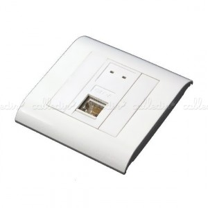 Caja de pared o canaleta de 80x80 con 1 RJ45 FTP Cat. 5e 568B